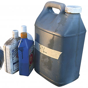 Wastefreesd for Recycle motor oil containers